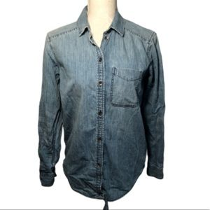 American Eagle Outfitters Jean Shirt Strangers